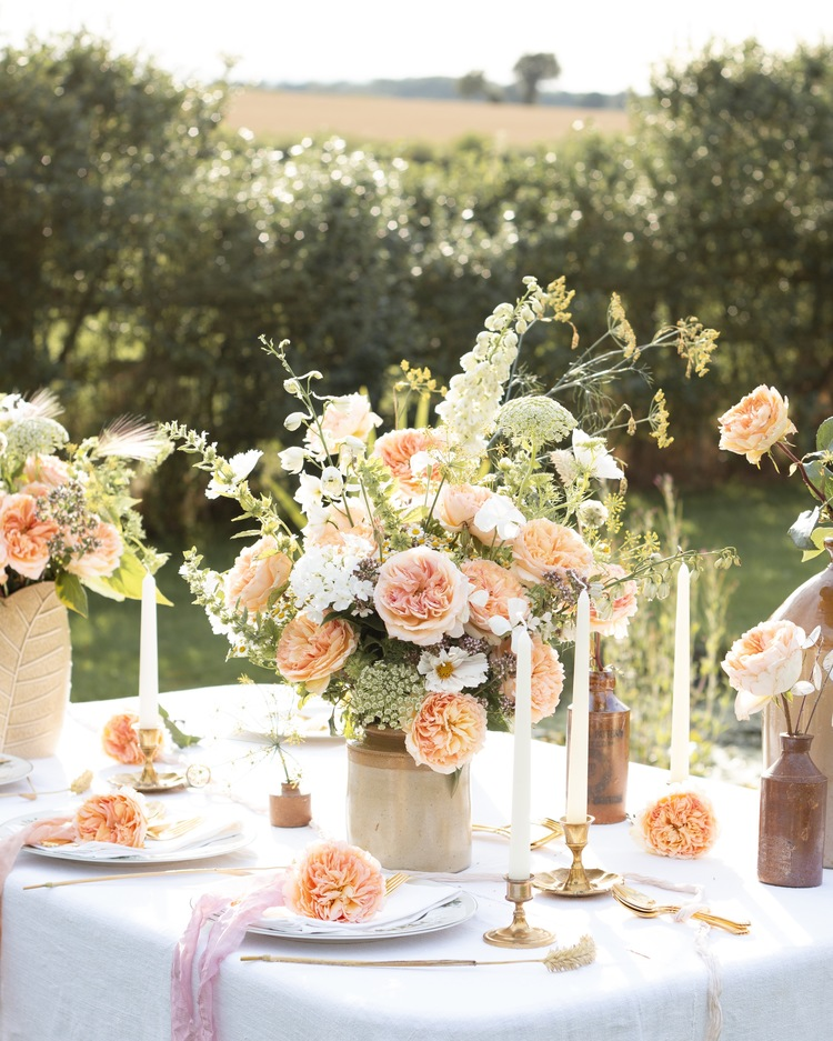 Beatrice Roses for Outdoor Summer Wedding Party