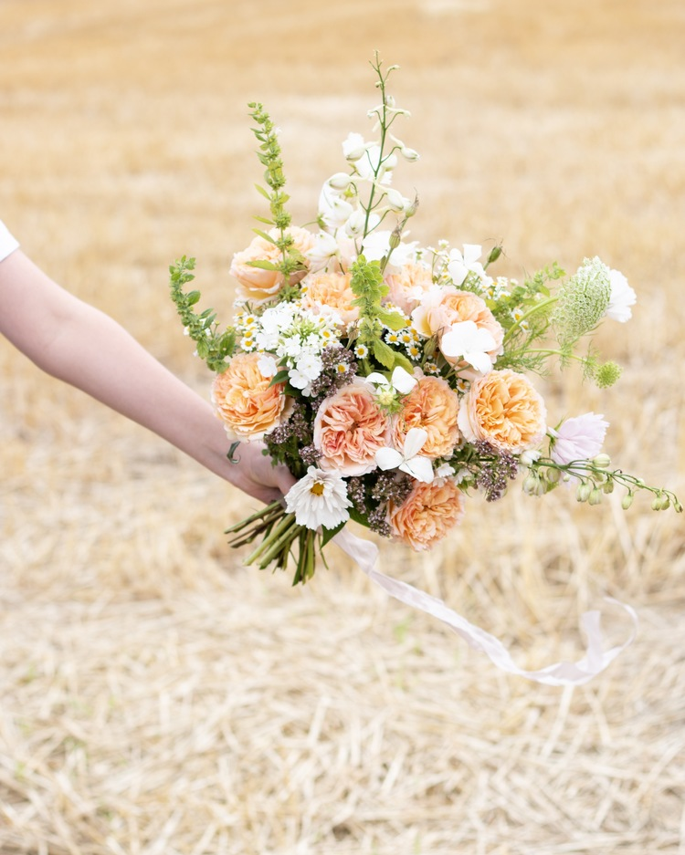 Beatrice Orange Roses for Outdoor Country Wedding Bouquet