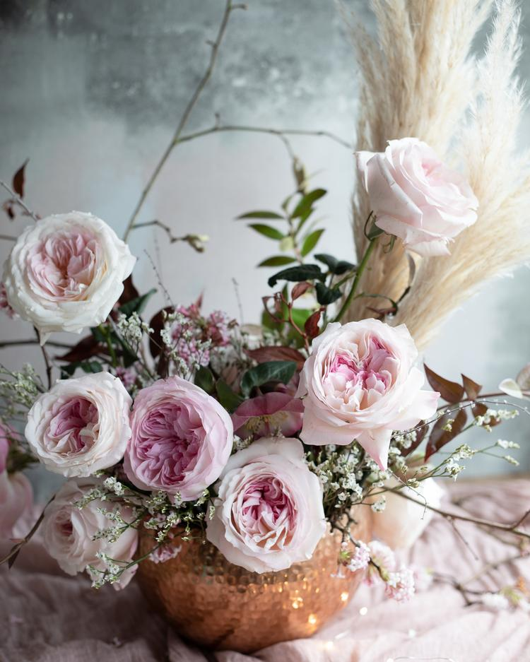 Valentine's Day Romantic Pink Roses Keira