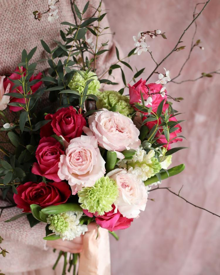 Mother's Day Gift Bouquet with David Austin Pink Roses