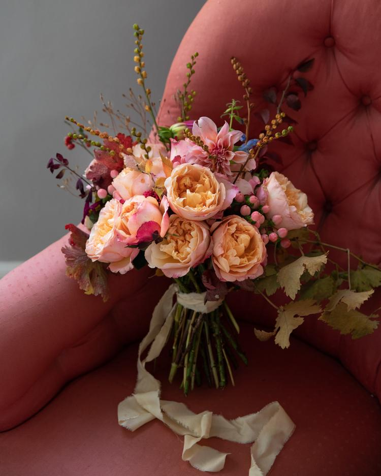 Edith Rose Gift Bouquet