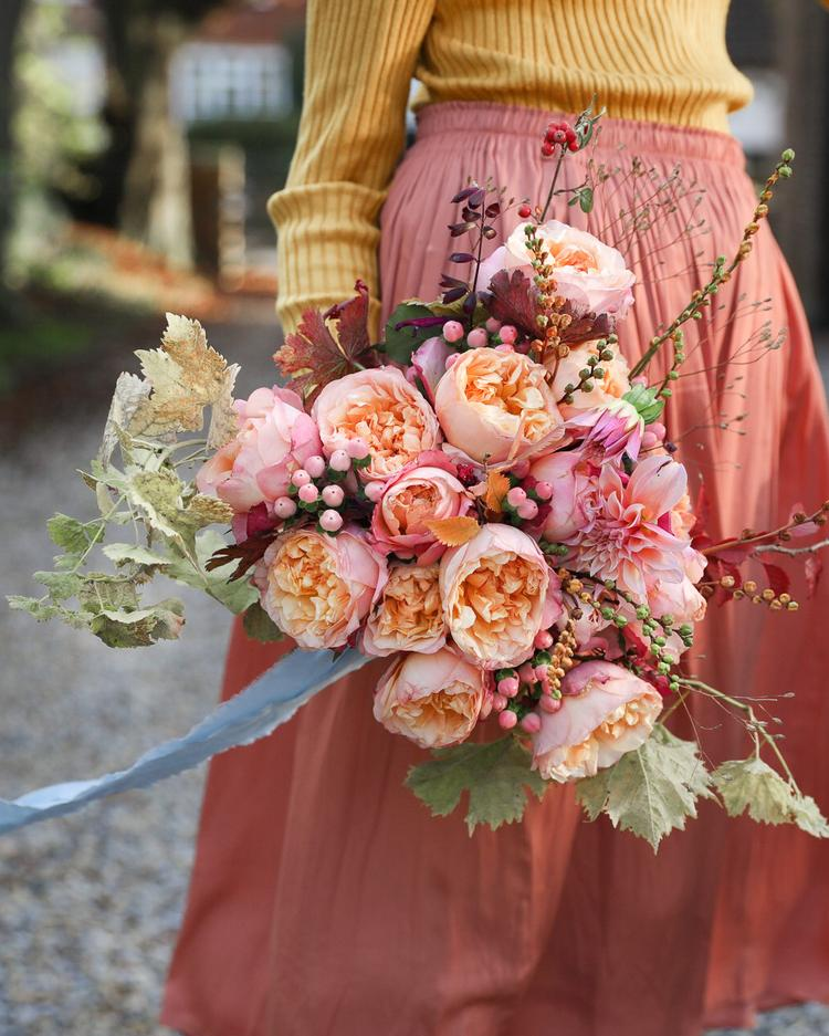 Edith Roses for an Autumn Wedding