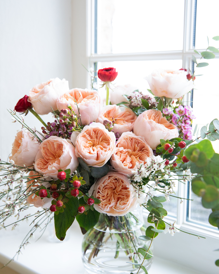 Juliet Roses for Valentines Day Gift Bouquet