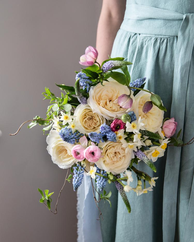 Leonora Rose Gifting Bouquet for Mothers Day