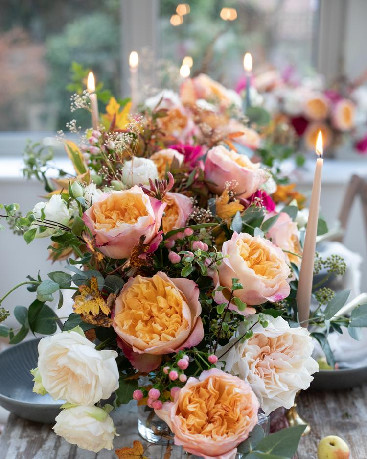 Floral Table Decorations with Edith Roses