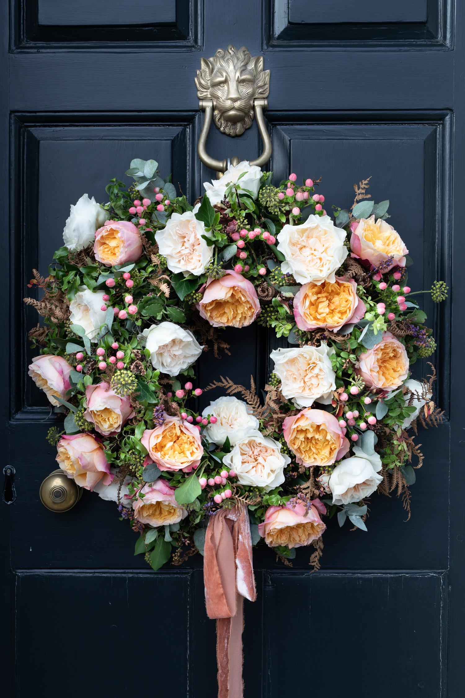 Christmas Wreath with Edith Roses