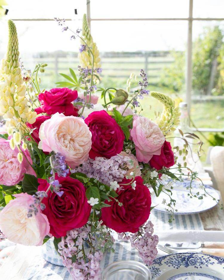 Vase arrangement with David Austin Roses