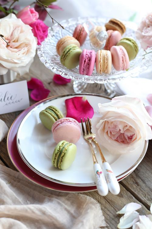 Roses and Macaroons for Party Planning