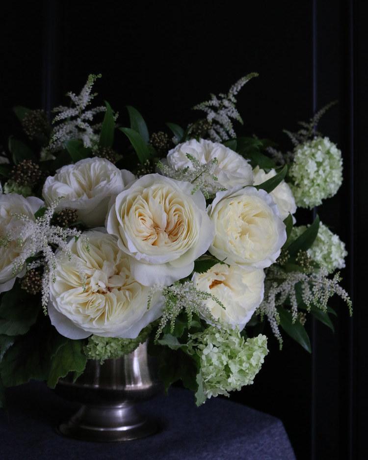 White Roses for Wedding Designs
