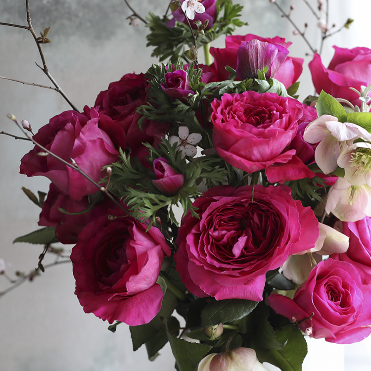 Cability roses pink gifting bouquet celebration