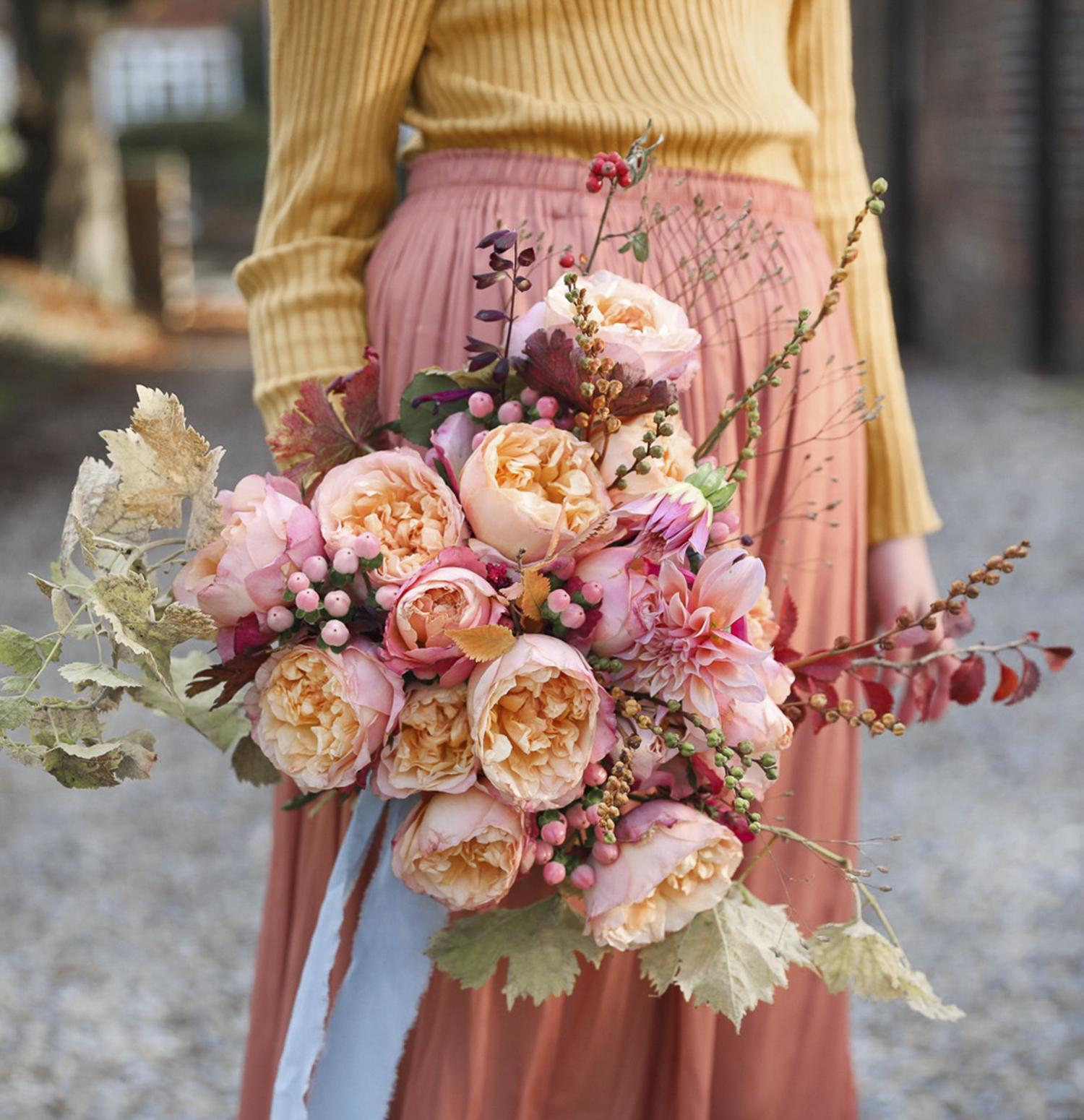 Edith roses autumn wedding design