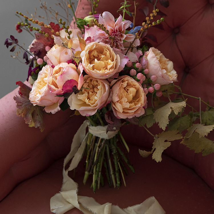 Edith roses gift bouquet