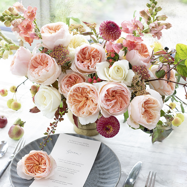 Juliet rose in wedding table centre piece