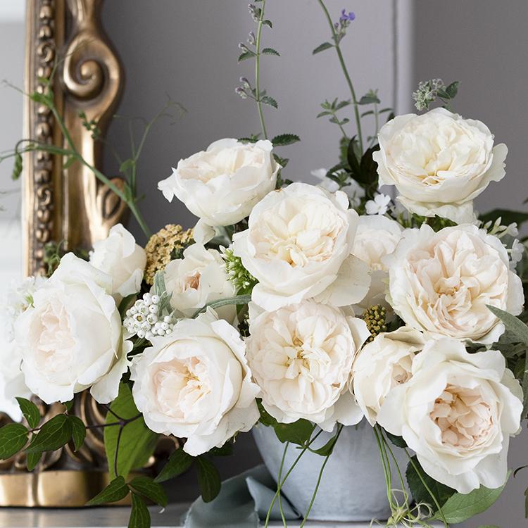Purity blush roses urn design ideas