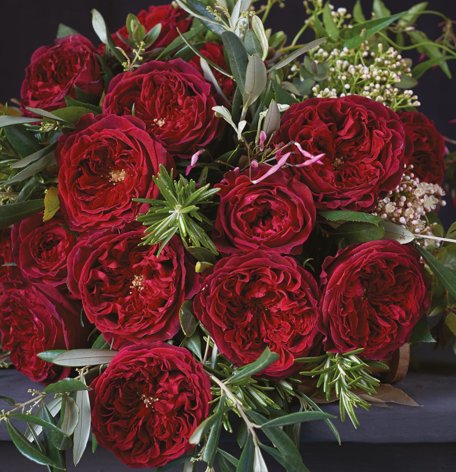 Tess red roses wedding design ideas