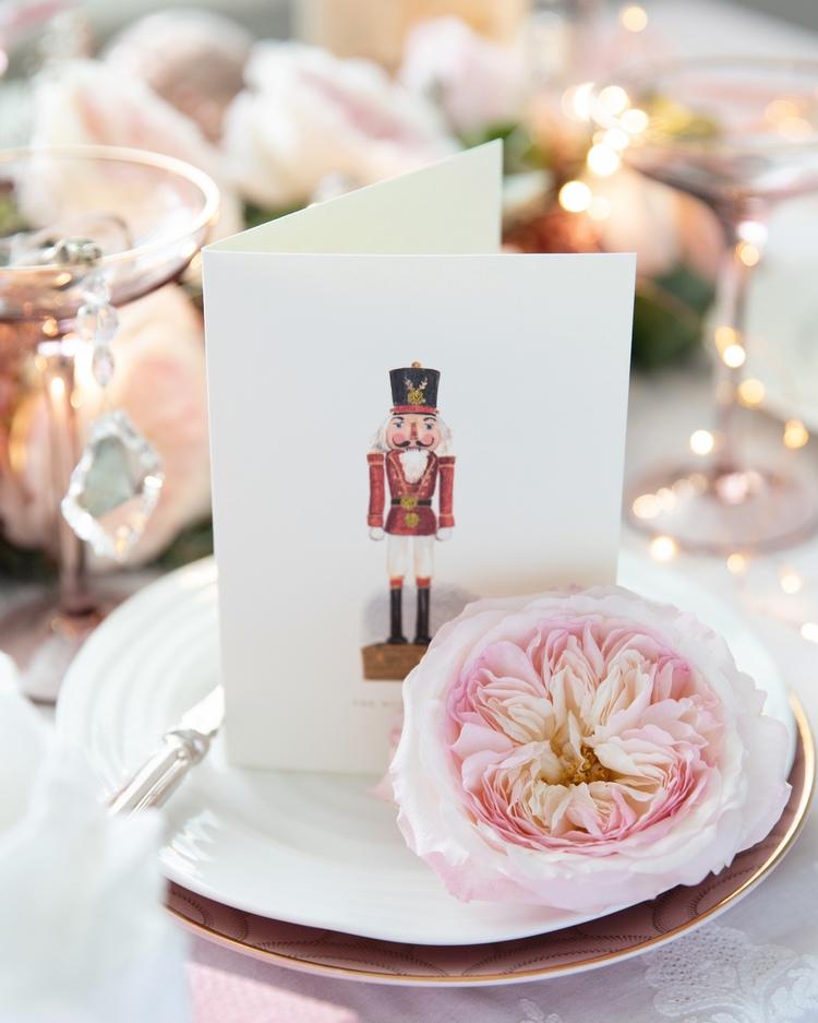 Ideas de decoración de mesa de tarjeta de Navidad de cascanueces