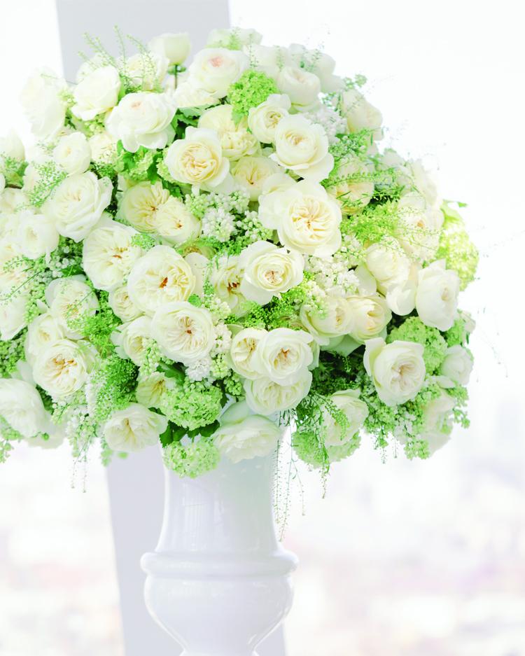 White Wedding Urn with David Austin Leonora Roses