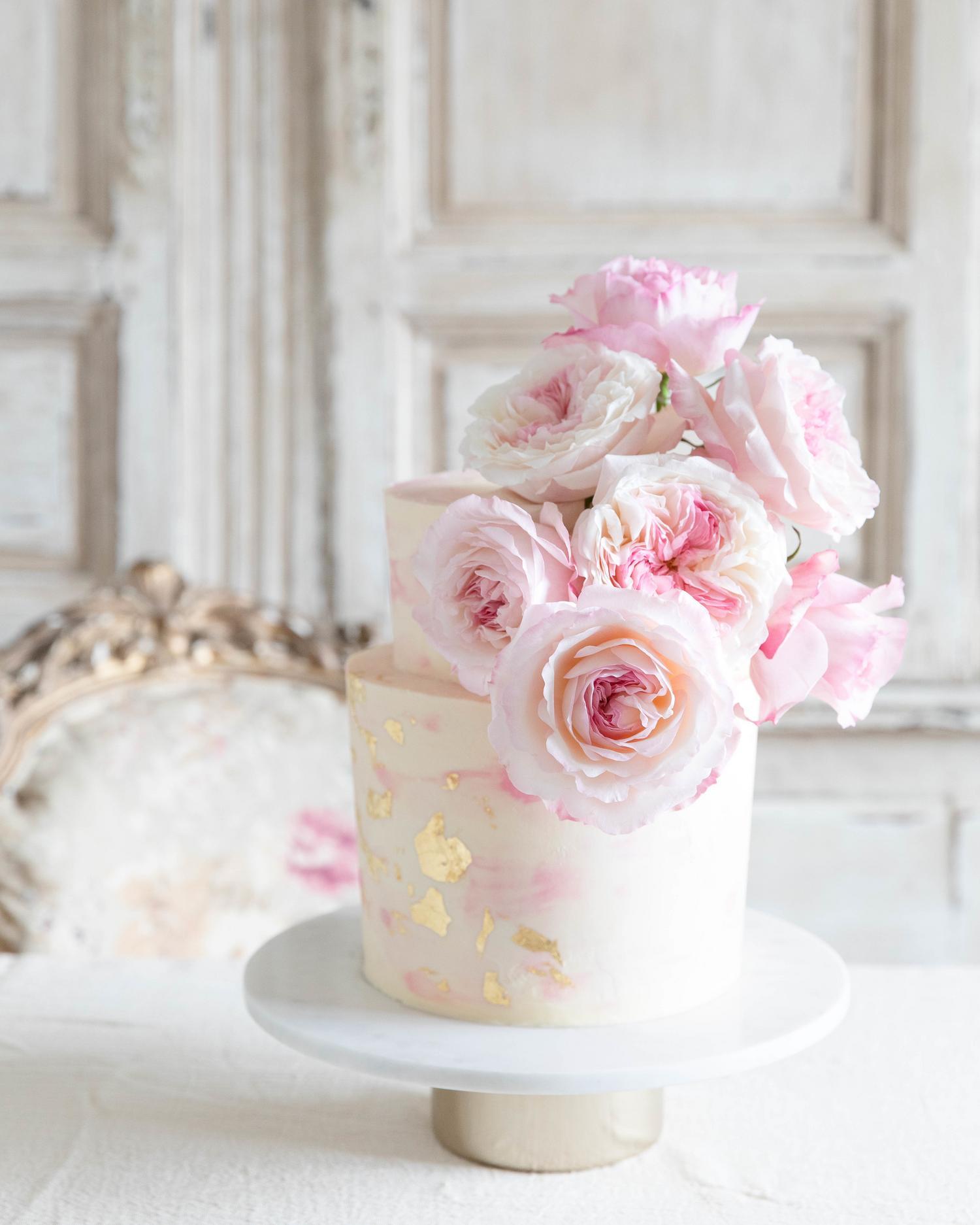 Keira Wedding Cake David Austin Cut Roses