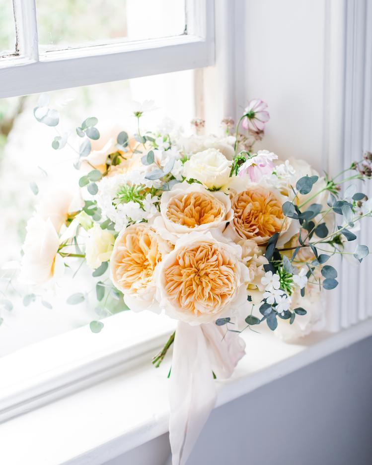 Gelb-Orange-Blumenstrauß Fensterrose David Austin Cut Roses